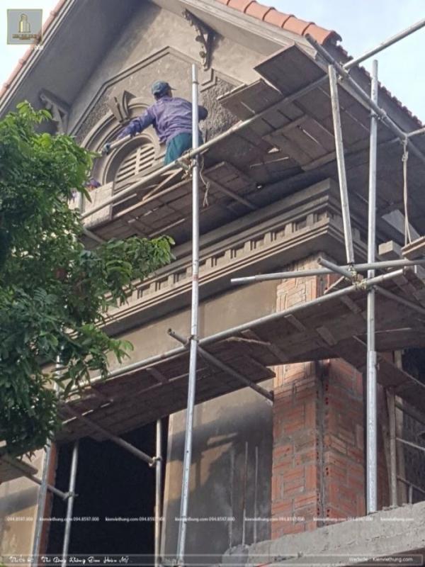 Hình ảnh biệt thự 2 tầng đang xây dựng của gia đình anh Sự