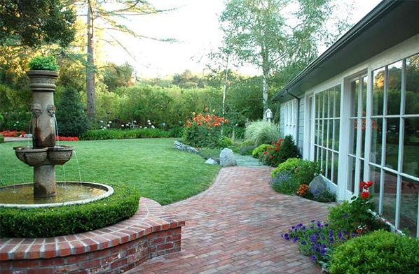 Tư vấn thiết kế biệt thự sân vườn hiện đại đẹp và thoáng đãng