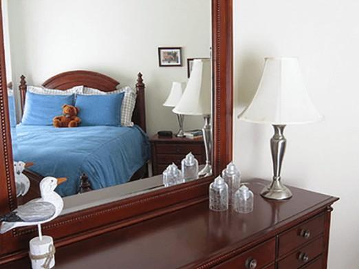 Khắc phục đặt gương trong phòng ngủ